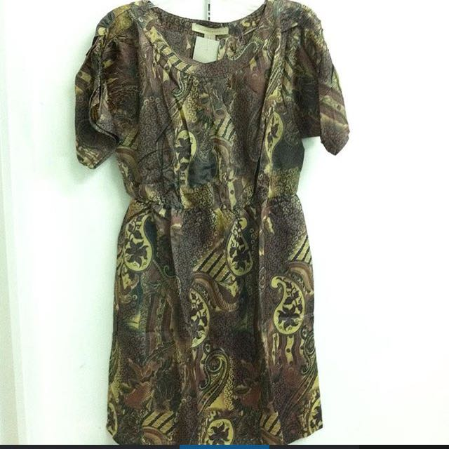dress batik branded by jonathan martin