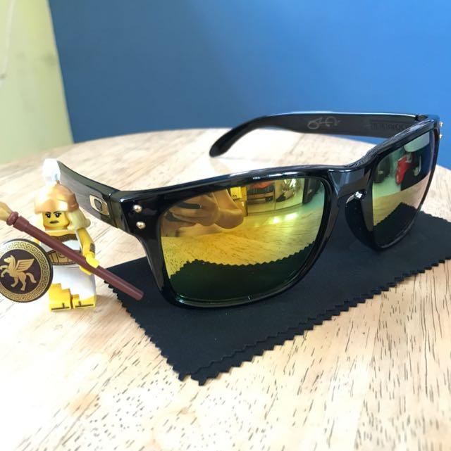 fa9416a03c3b8 FREE MAILING  Oakley Holbrook SHAUN WHITE 24K Polarised Sunglasses ...