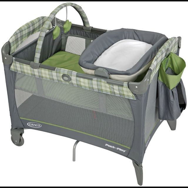 Graco Pack N' Play (include Thick Mattress, Too)