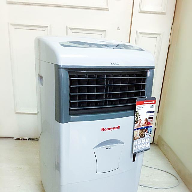 Honeywell Portable Evaporative Air cooler CL151