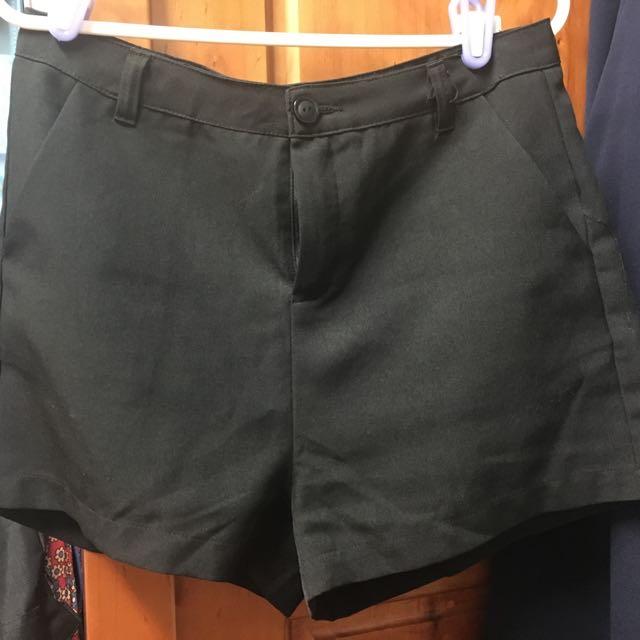 Meier.Q黑色雪紡短褲