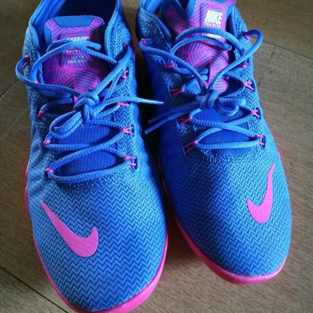 Nike Women's Shoes Size 9.5