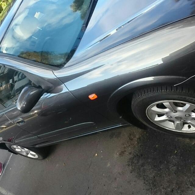 Nissan Pulsar St 2001 Door Damage