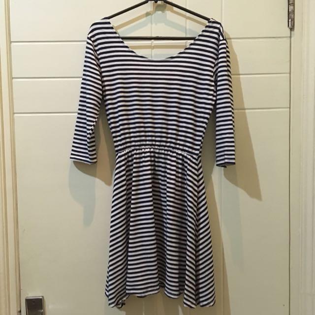 Stripe Dress Navy White ( dress navy putih)