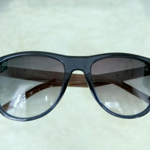 Free Shipping!!Tommy Hilfiger Sunglass +Gradient Lens