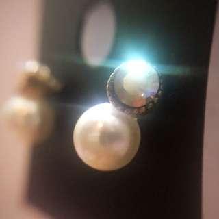 Pearl Earrings / Earstuds