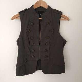 Size S Dark Grey/green Vest
