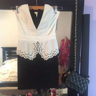 Size Small Black And White Mini Dress