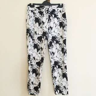 🌻 DAVID LAWRENCE BRAND FLOWER PRINT ANKLE LENGTH CROP PANTS 🌻