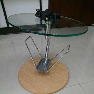 圓型玻璃桌 附輪子( 自取)(已售出)