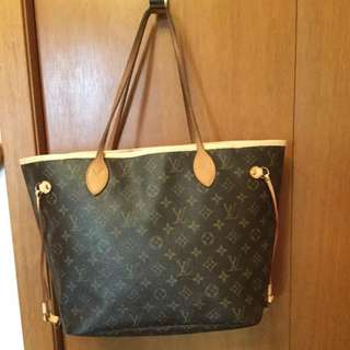 Authentic Neverfull MM Louis Vuitton