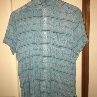 Medium Short Sleeve Collared.