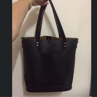 Sportsgirl Black Tote Bag