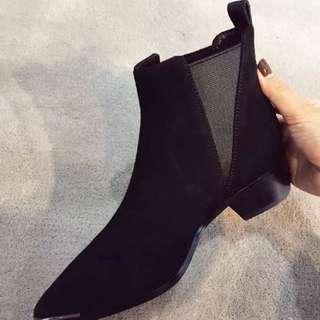 黑色絨布短靴39碼
