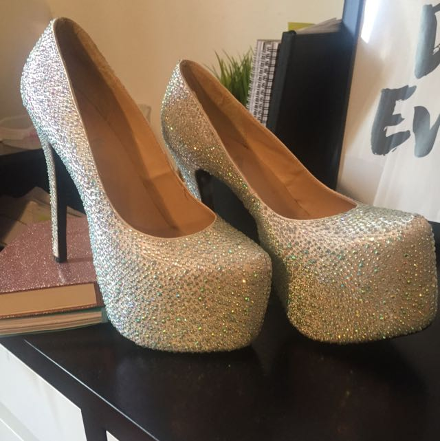 Bedazzled Shoes Size 10