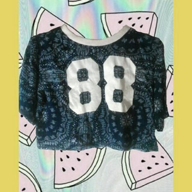 Crop Tee Color Box