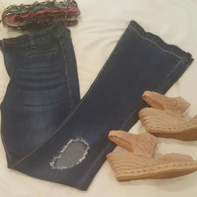 Jeans high waist flare.