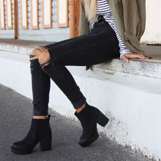 LOOKING FOR: Size 8 Black Leather Boots