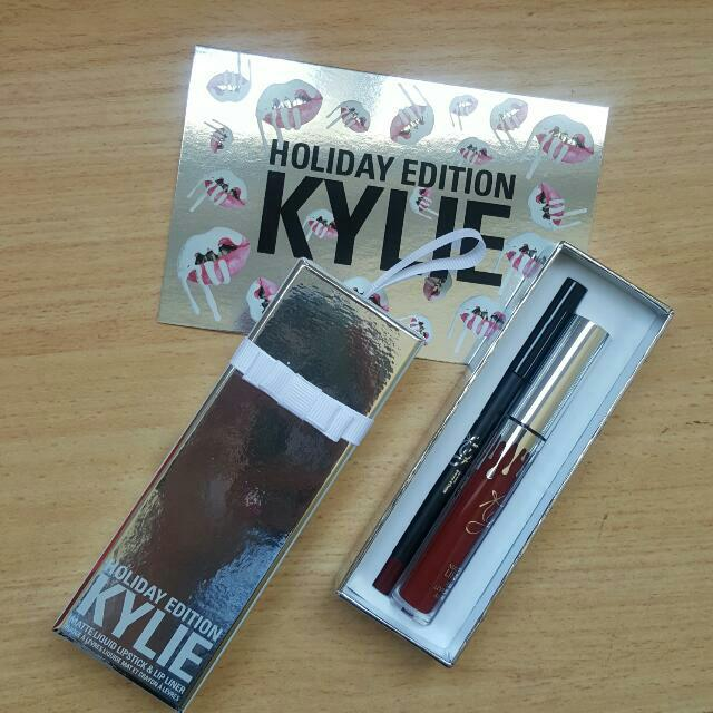 MERRY Lip Kit By Kylie Cosmetics