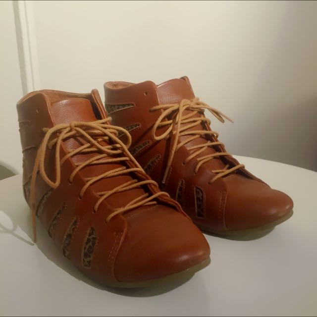Shoe The Bear Leather Boots