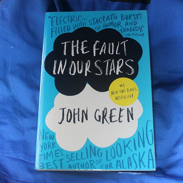 [RESERVED] The Fault In Our Stars By John Green (Paperback)