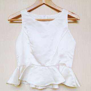 White Ruffel Top