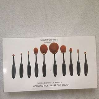 10 pcs. paddle brushes