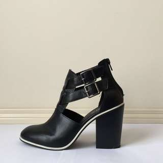 Rubi Black Ankle Boots