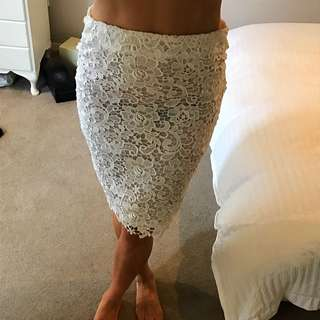 Lace Skirt 6-8 White