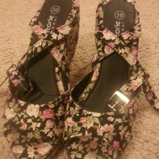Shoes Size 38, Color Black With Roses, Only Used 1 Time