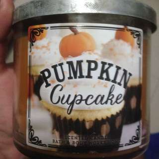 Bath & Body Works Pmpkin Cupcake Big Candle