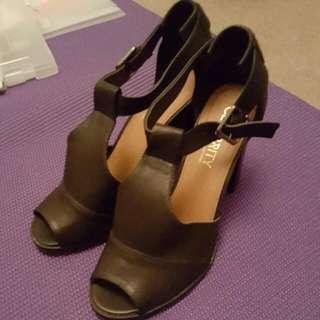 Size 9 Peeptoe Heels