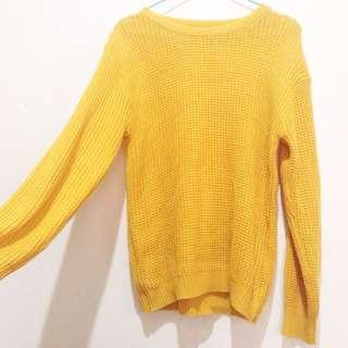 Yellow Knitwear