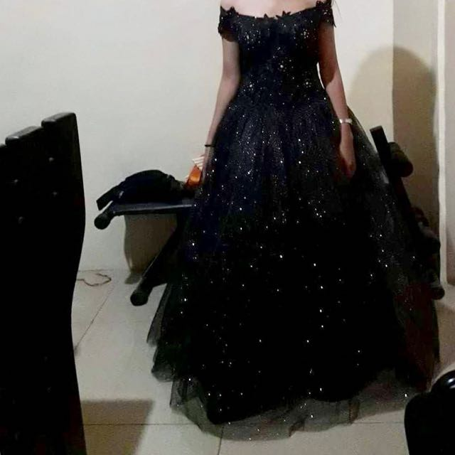Ball Gown , Balloon Type , Black Gown , Gown