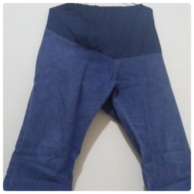 Celana Jeans Hamil