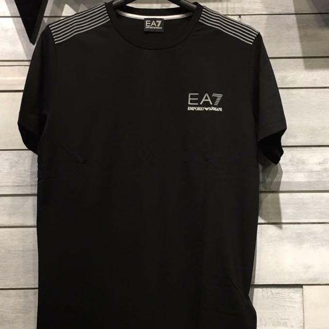 Ea7短袖 特殊款 萊卡材質 專櫃5800這裡不用