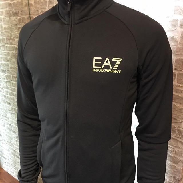 Ea7新款外套 尺寸s M L