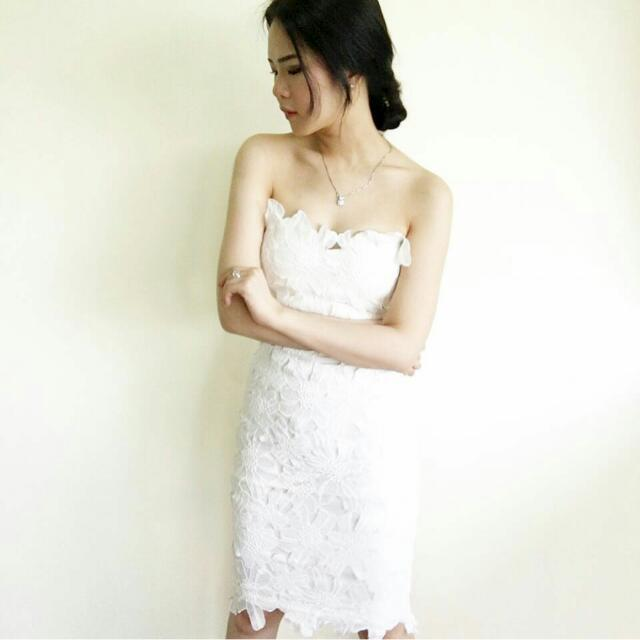 Full Lace White