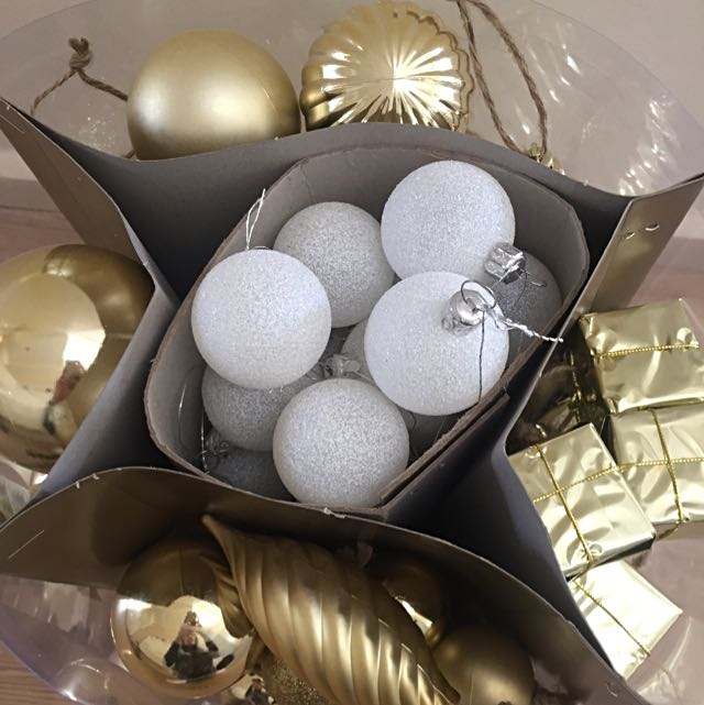 Gold & Silver Christmas Decorations