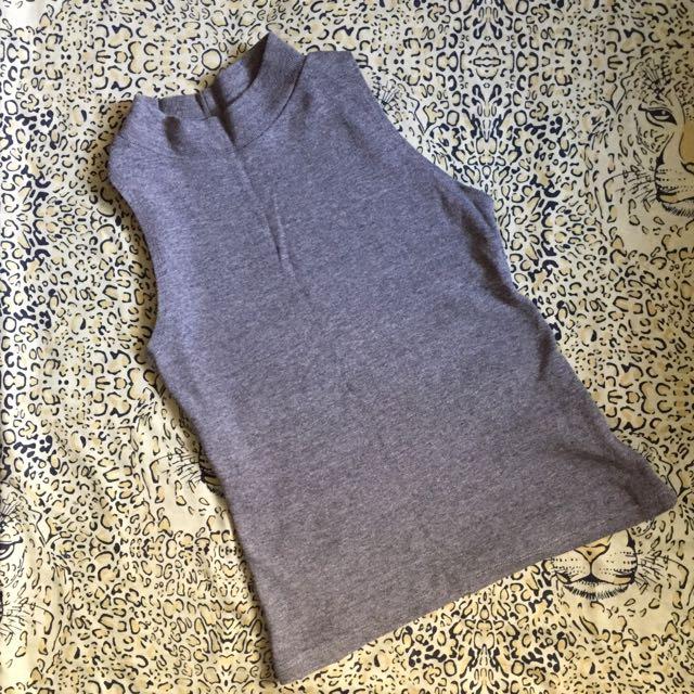 Gray tutle Neck Top