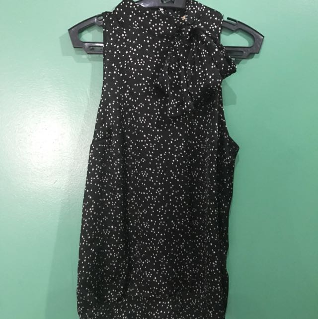 H&M Black Top with ribbon