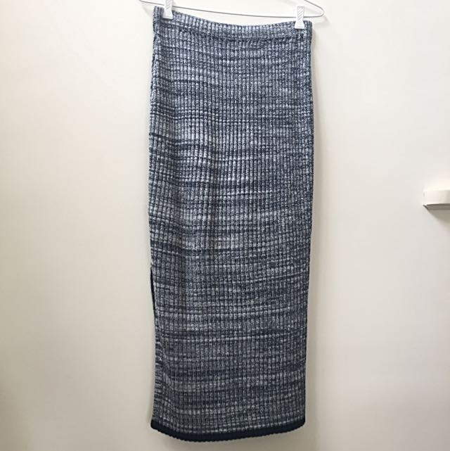 AU8-10 H&M Knit Midi Skirt - Great Condition!