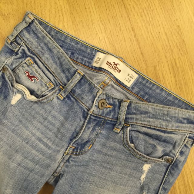 Hollister 窄管牛仔褲