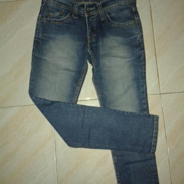 Jeans Size 27