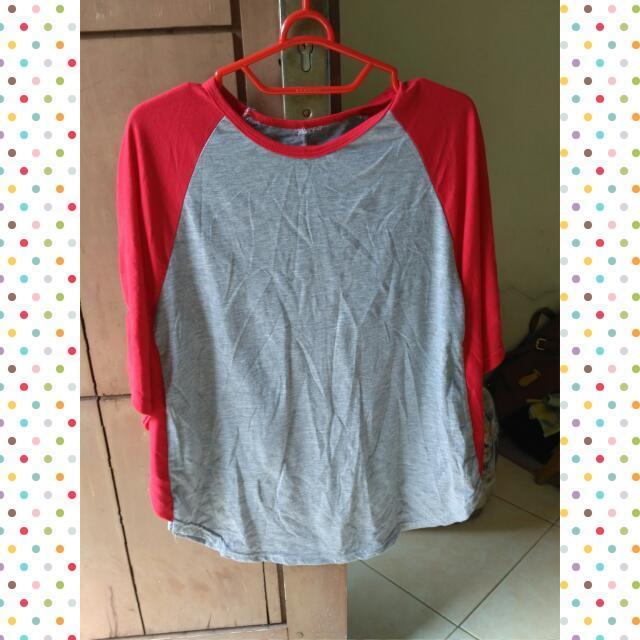 Kaos Merah Kalong