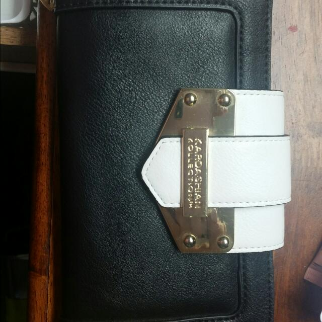 Kardashian wallet
