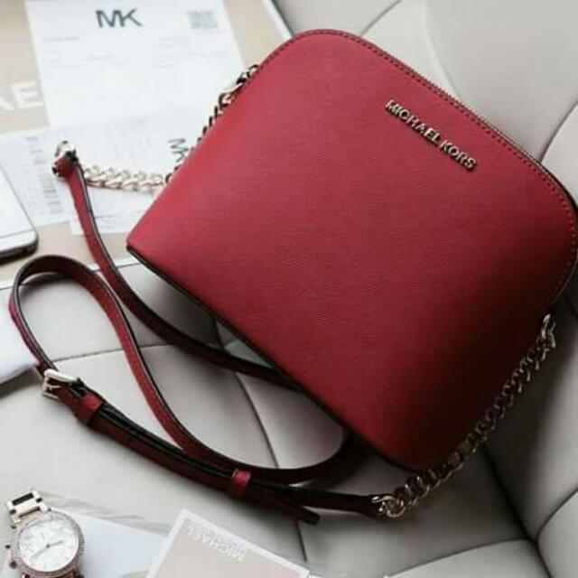 Michael Kors Cindy Slingbag