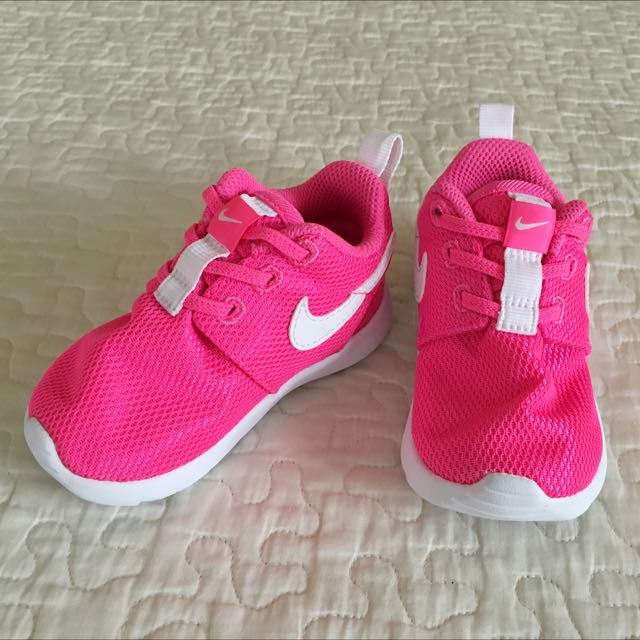 Nike Roshe Infant (Pink)