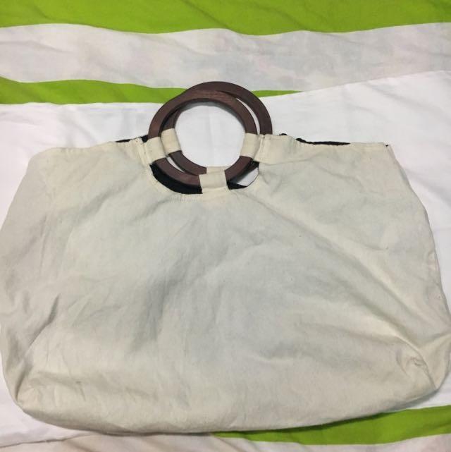 Round Wooden Handle Reversible Bag