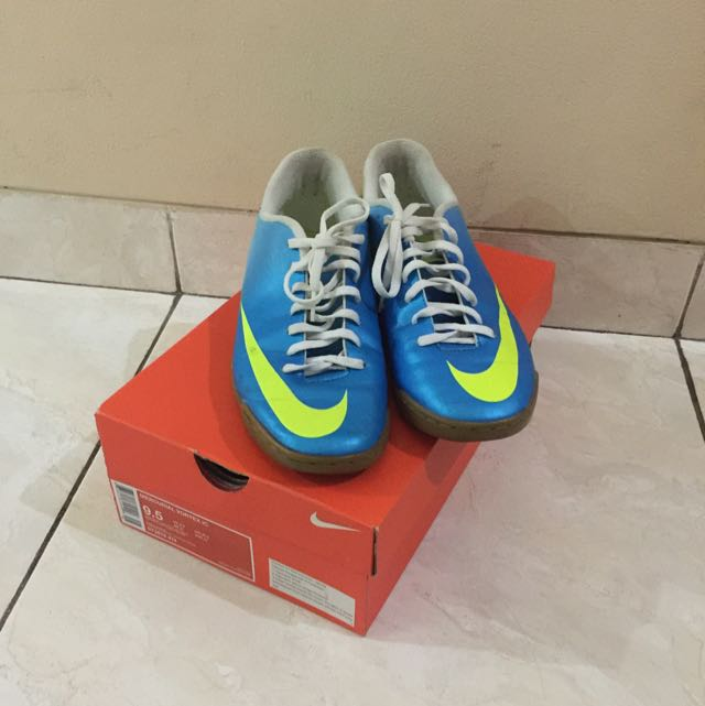Sepatu Futsal Men Football Shoe (NEGO)